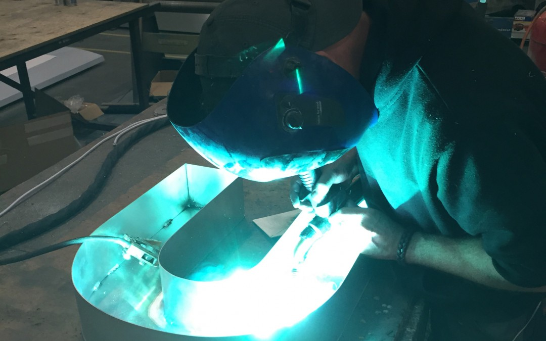 Cuspal Manufacturing Signs Welding